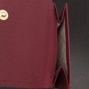 Michael Kors Bags - Michael Kors Hayes Cranberry Wallet